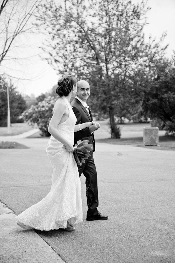 Ottawa wedding photographer Sandy Hill Experimental Farm